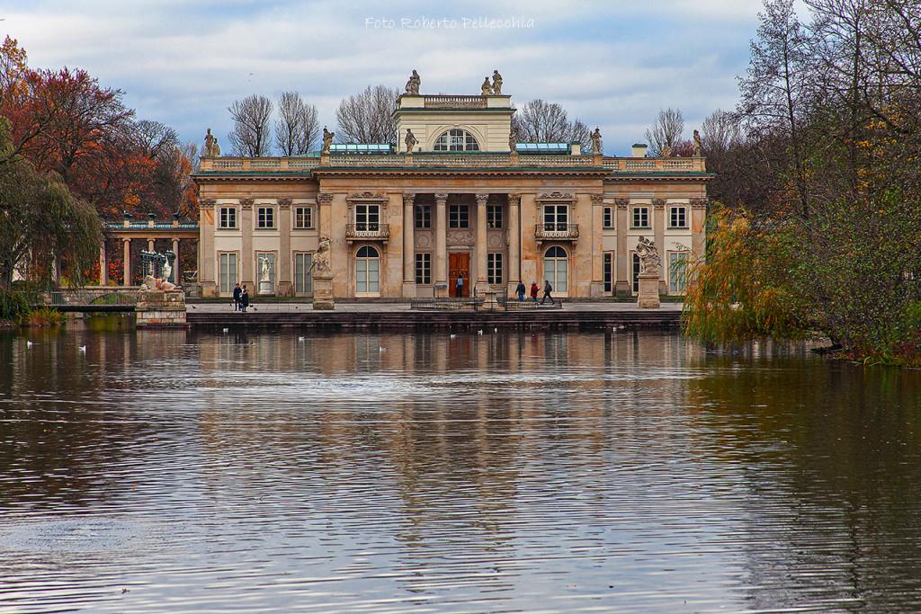 Fb22 Varsavia palazzotto sull'acqua al parco Łazienki