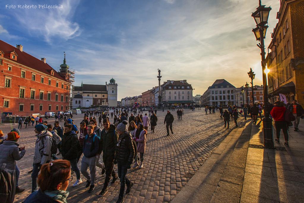 Fb30 Varsavia Piazza del Castello con sole calante