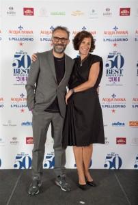 a sinistra Massimo Bottura