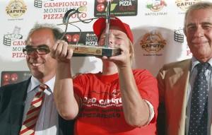 """Napoli 02 Settembre 2015 Teresa Iorio eletta Campione del mondo dei pizzaioli al campionato mondiale dei pizzaioli """" Trofeo Caputo """" Ph: Stefano Renna"""