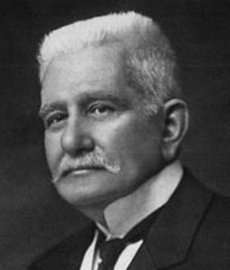 Il senatore Raffaele Cappelli