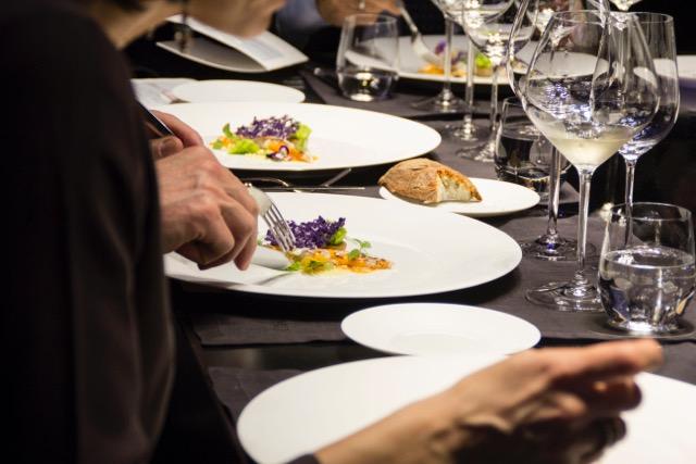 Rosmarinonews It Organizzare Una Cena In Una Casa Piccola 6 Regole Per Uscirne Vivi