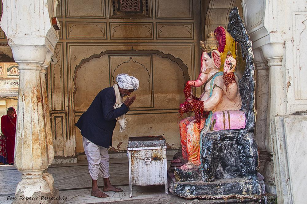Adoratore di Ganesh, nei templi dopo Jaipur