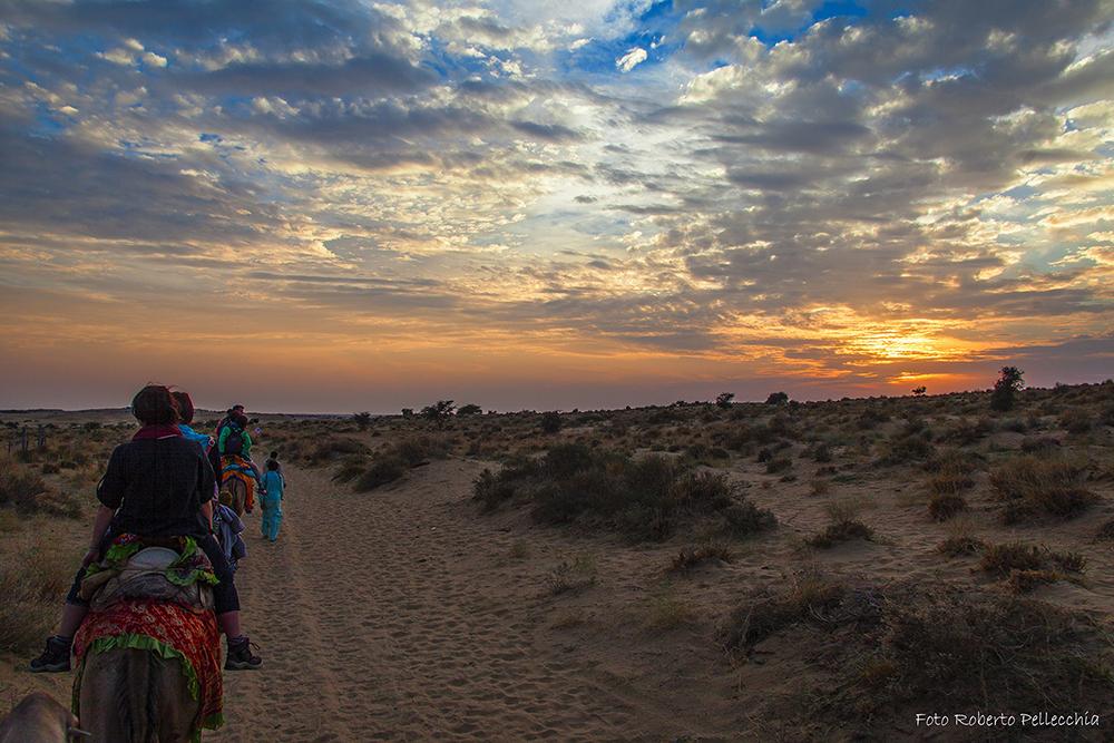 Viaggio in India Tramonto nel deserto