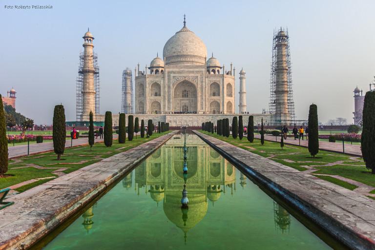 Viaggio in India, capitolo VIII. L'imponente Taj Mahal, dedicato ad una donna