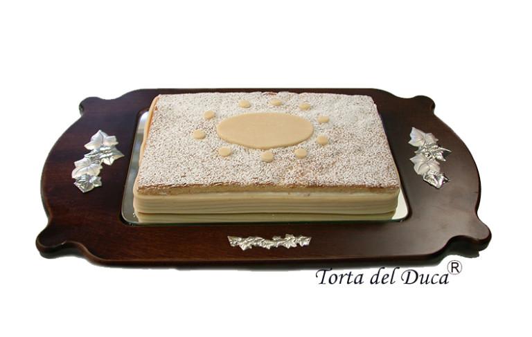 """Pasticceria D'Elia. Arriva """"Costanza"""" e per lei la storica Torta del Duca"""