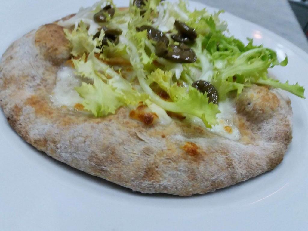 pizza-nera-maiorano