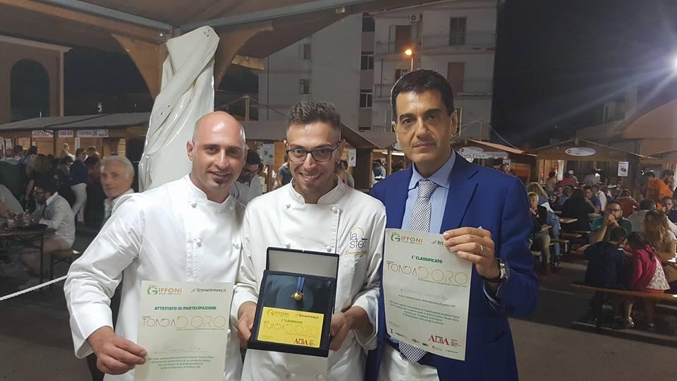 da sx Vincenzo Citro, Domenico Ianniello ed il manager La Sfera Rocco Napoli