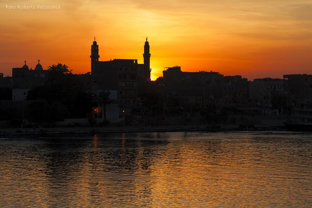 In navigazione verso Edfu