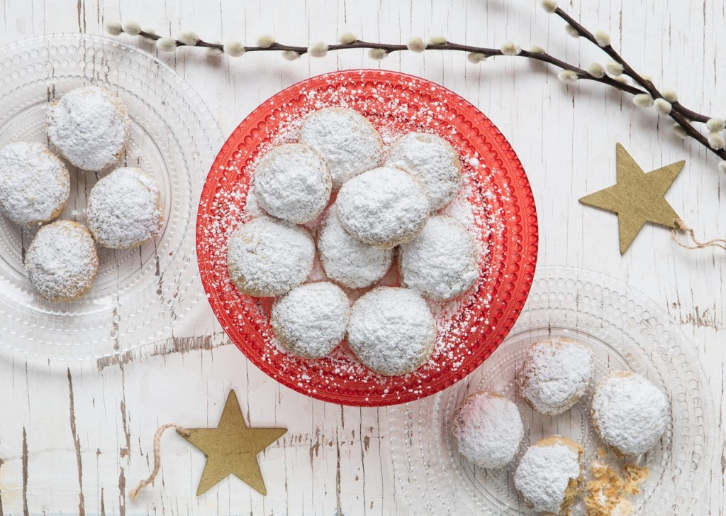 Snowball Cookies con grano khorasan KAMUT® e noci